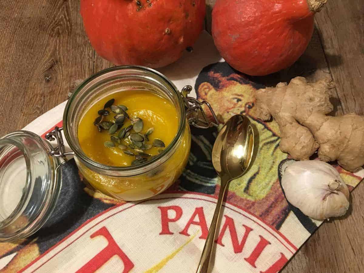 Przepis na zupę dyniową z curry