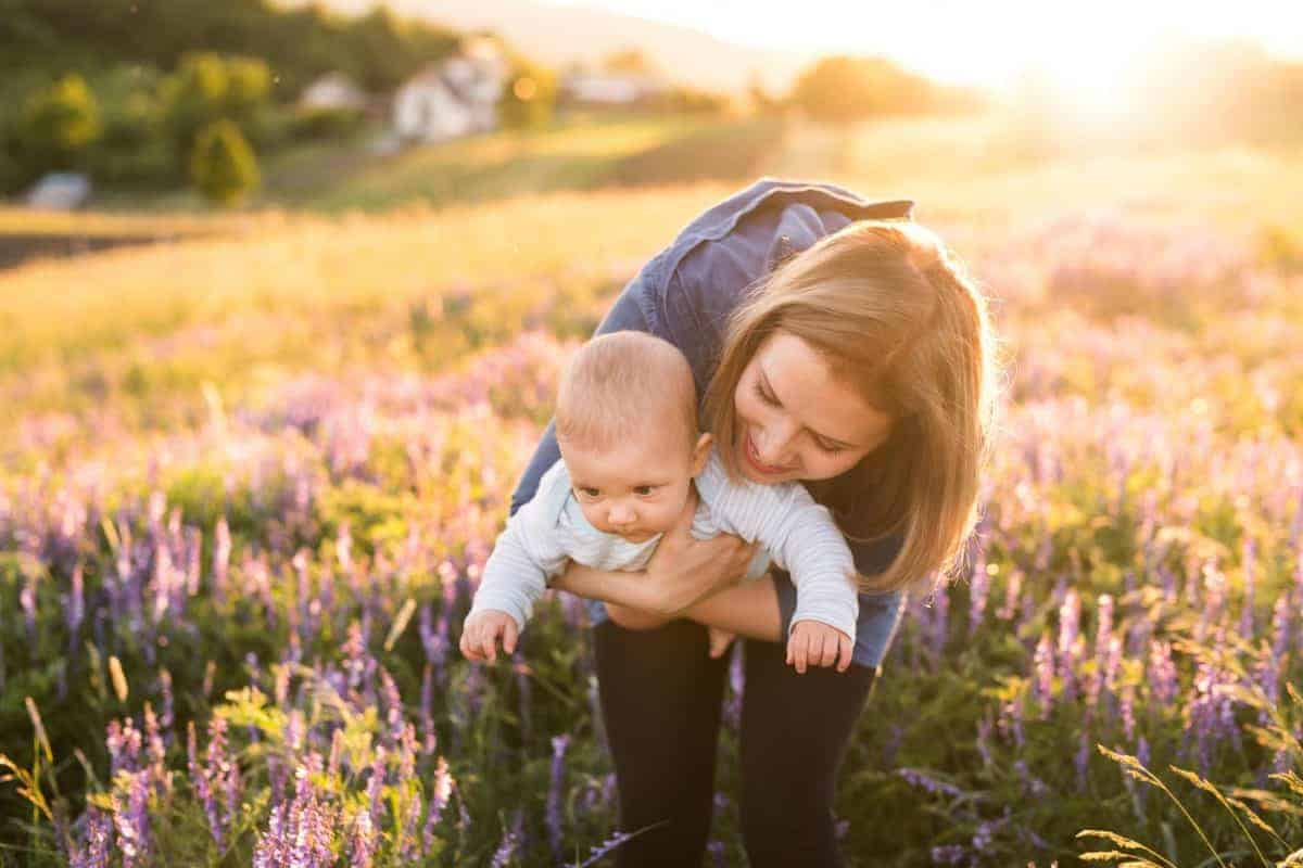 7 najgorszych rzeczy jakie możesz nieświadomie zrobić niemowlęciu